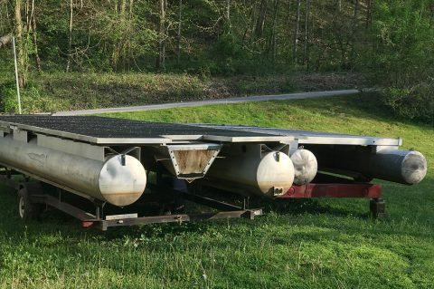 Elk River Getaway Party Barges