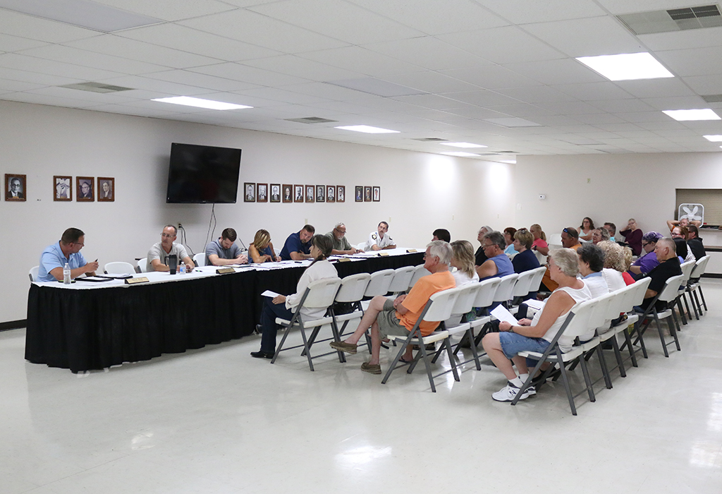 Clendenin Town Council Meeting on Monday, August 28, 2018 | Photo Credit: Mark Burdette