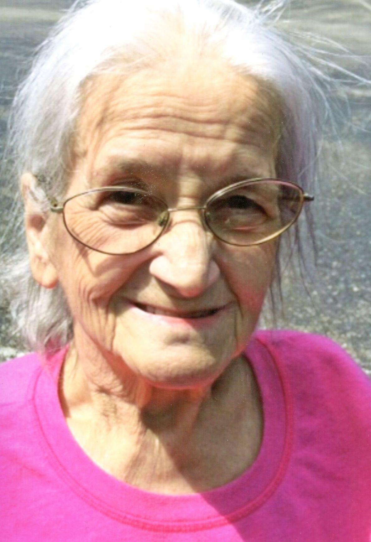 Obituary-Helen Maxine Harris